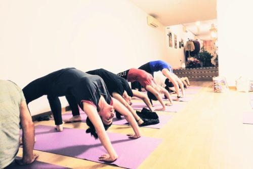 Asana centro niyan yoga padova