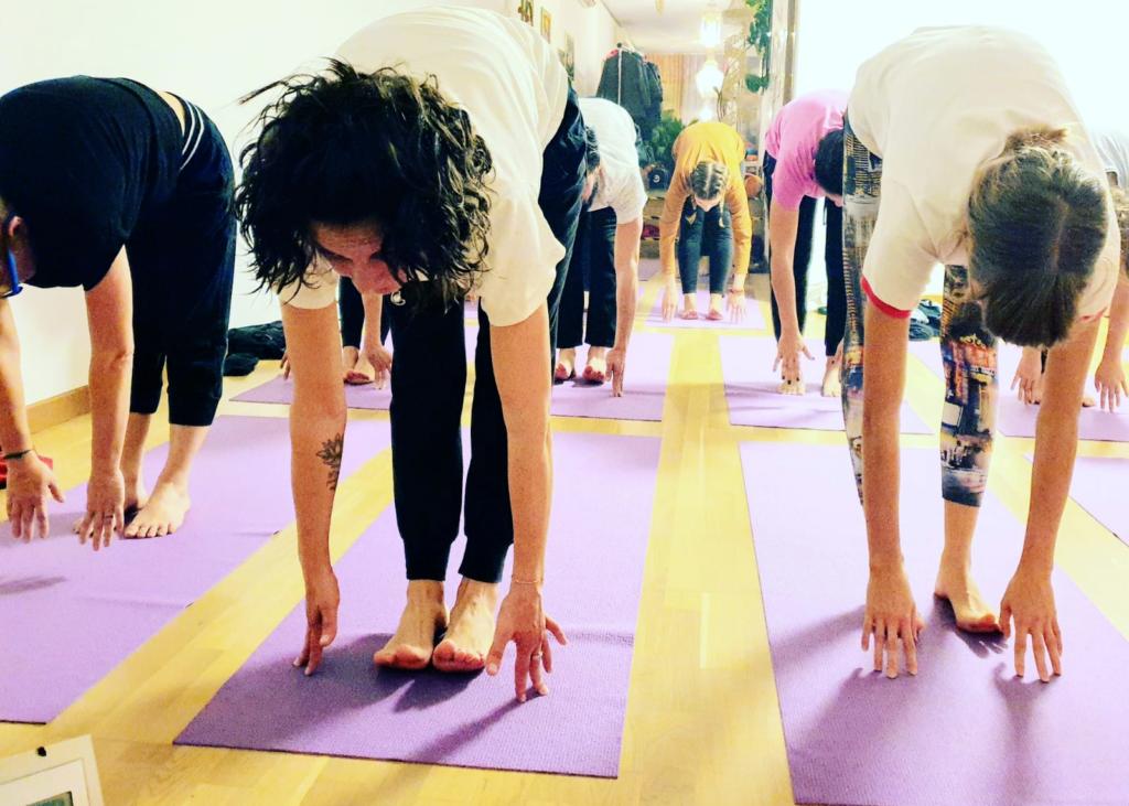 yoga-corsi-padova-niyan-centro-meditazione-ponte-di-brenta-tappetini-lilla